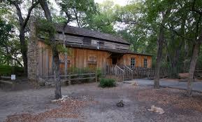 Log Cabin Village - Wikipedia
